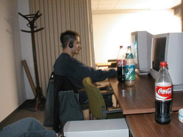 2003 LinnenbeckerLAN (12.2003)